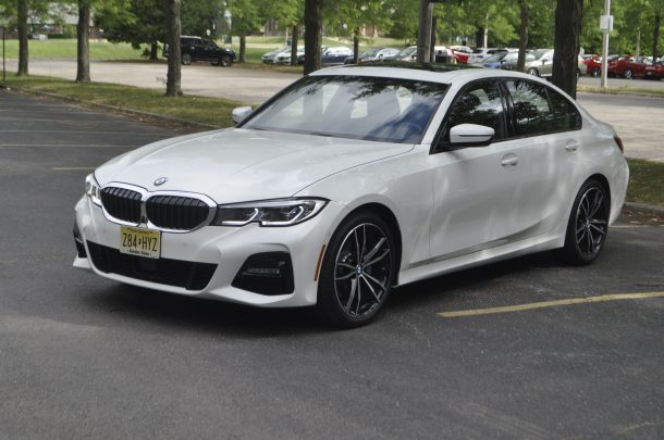 2019 BMW 330i xDrive Review – Bredere taille, nog steeds in balans